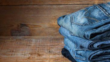 como tenir jeans
